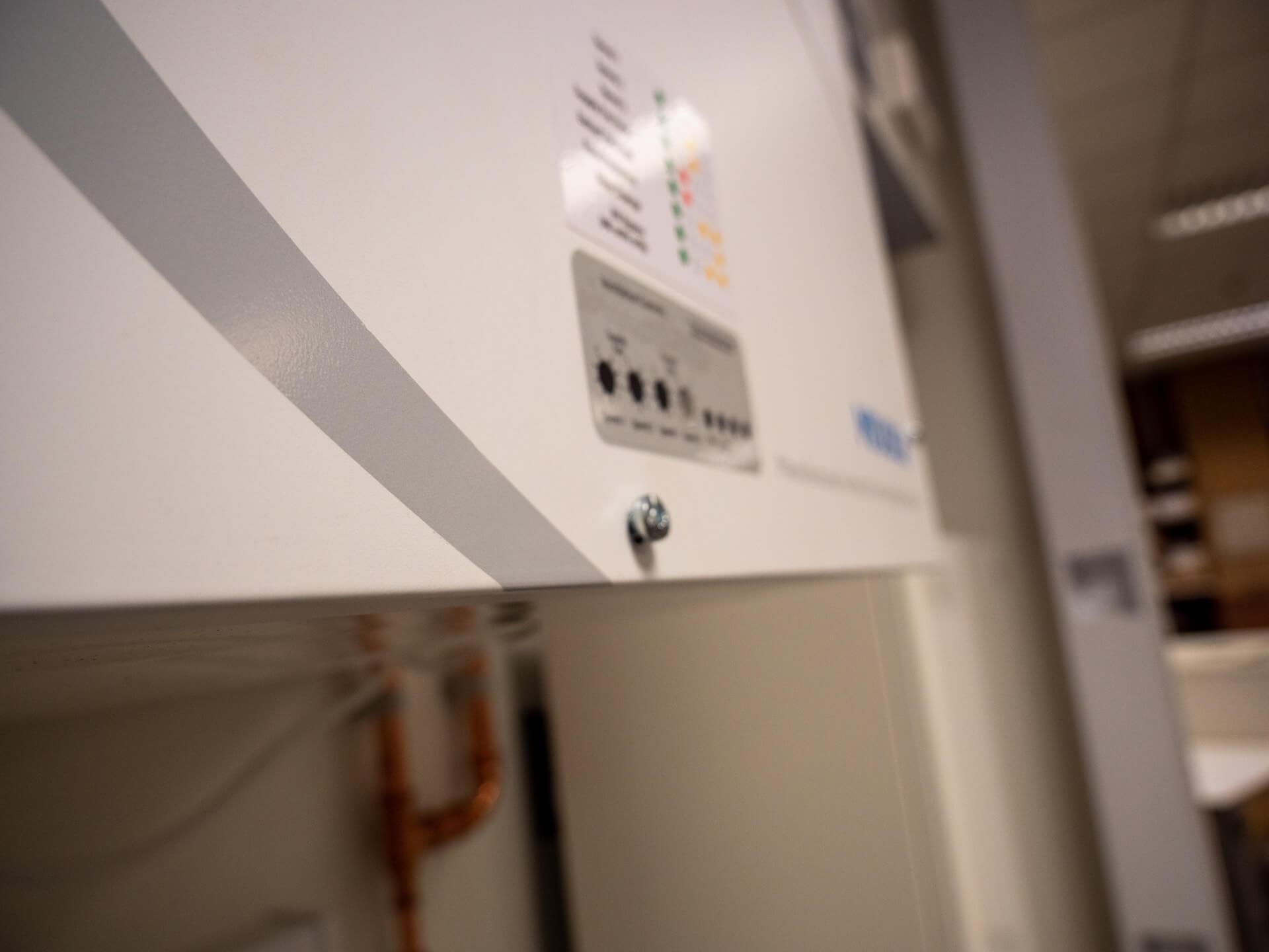 Apex Underfloor Power Track